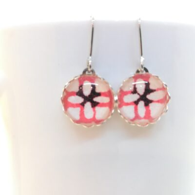 Round Glass Earrings _ Red Pattern In White