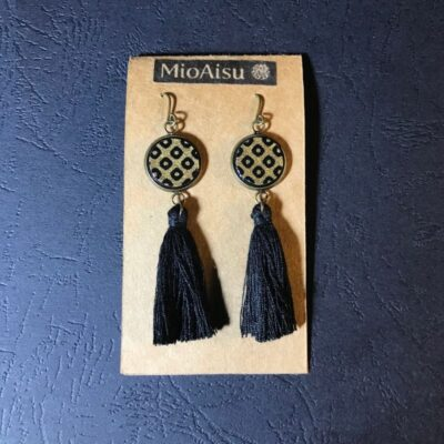 Short Tassel Earrings(traditional Gold And Black Dot Patterns + Black Tassels)