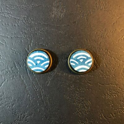 Stud Earrings(navy And White Wave Patterns)