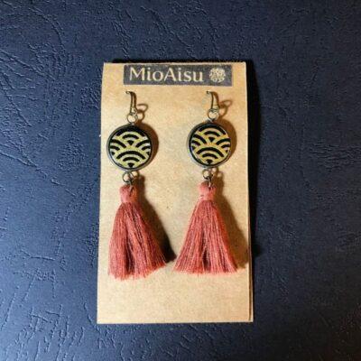 Short Tassel Earrings(gold And Black Wave + Dark Pink Tassels)