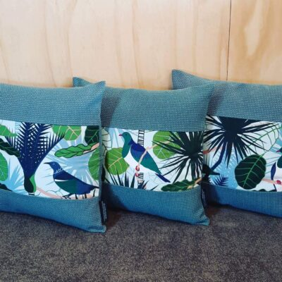 NZ Native Cushion Cover – Tui & Wood Pigeon – Gili – Kingfisher Boarder