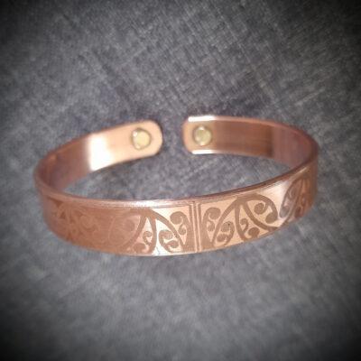 """Magnet Copper Bracelet """"Made To Size"""" Tiny Stingray"""