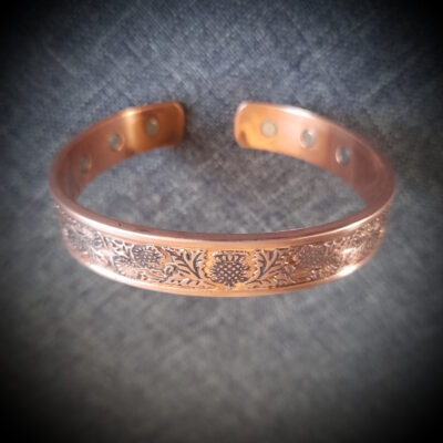 "6 Magnet Copper Bracelet ""Thistle"""